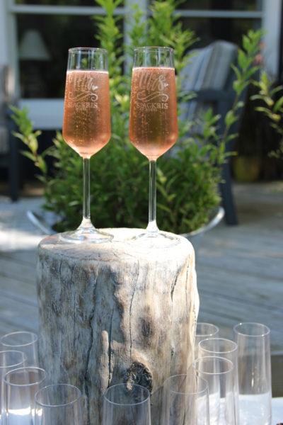 Mr and Mrs champagne glasses